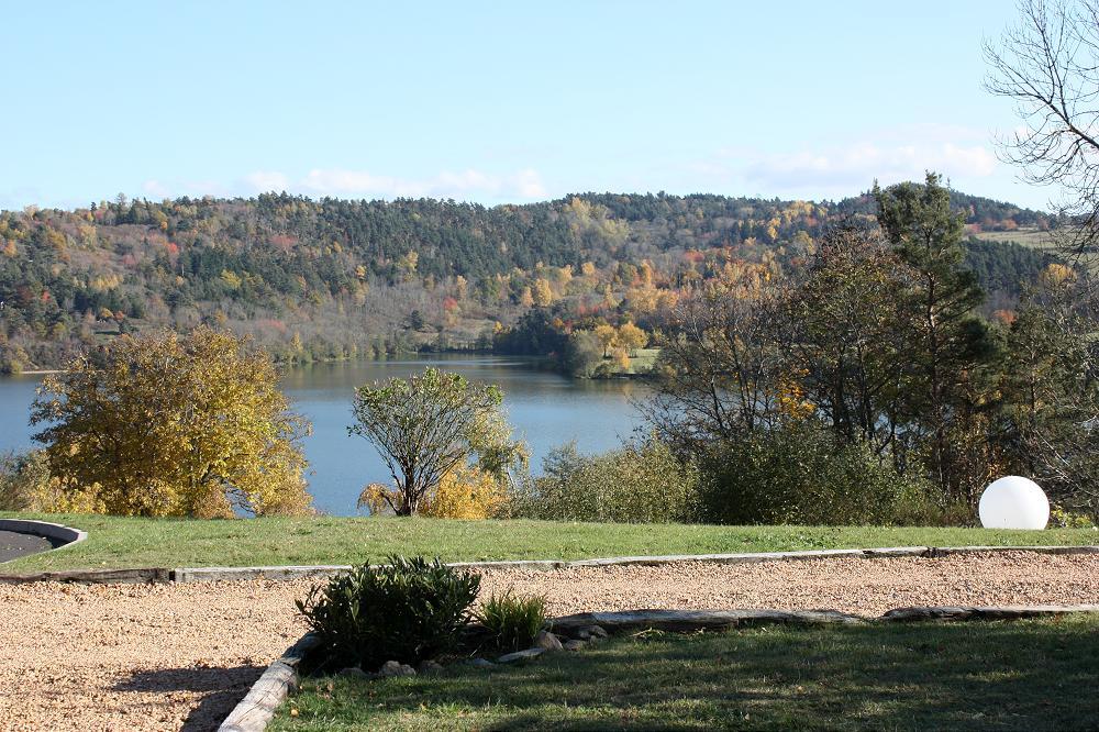 Camping aux chalets du lac auvergne 6 grande photo