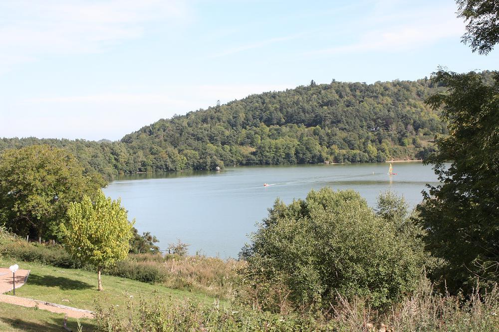 Location gite rural ou gîtes ruraux en dernière minute en Auvergne dans le 63 Puy de Dôme 1 grande photo