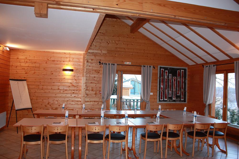 grande photo Grand gîte accueil de groupe en Auvergne dans le 63 Puy de Dome 2