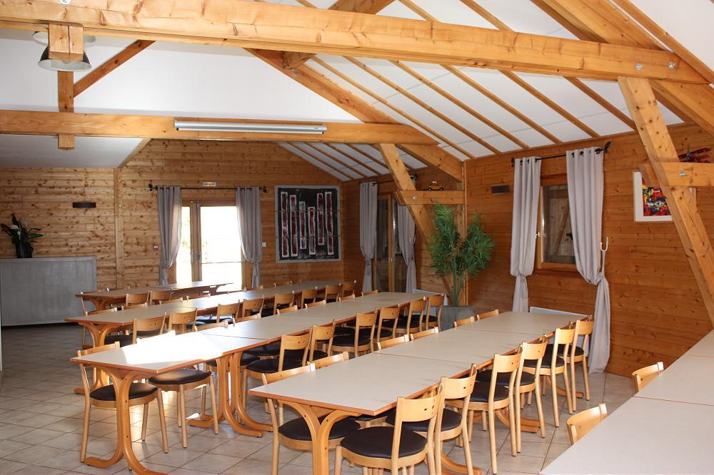 grande photo : grand gite de groupe Auvergne dans le Puy de Dôme 63 3