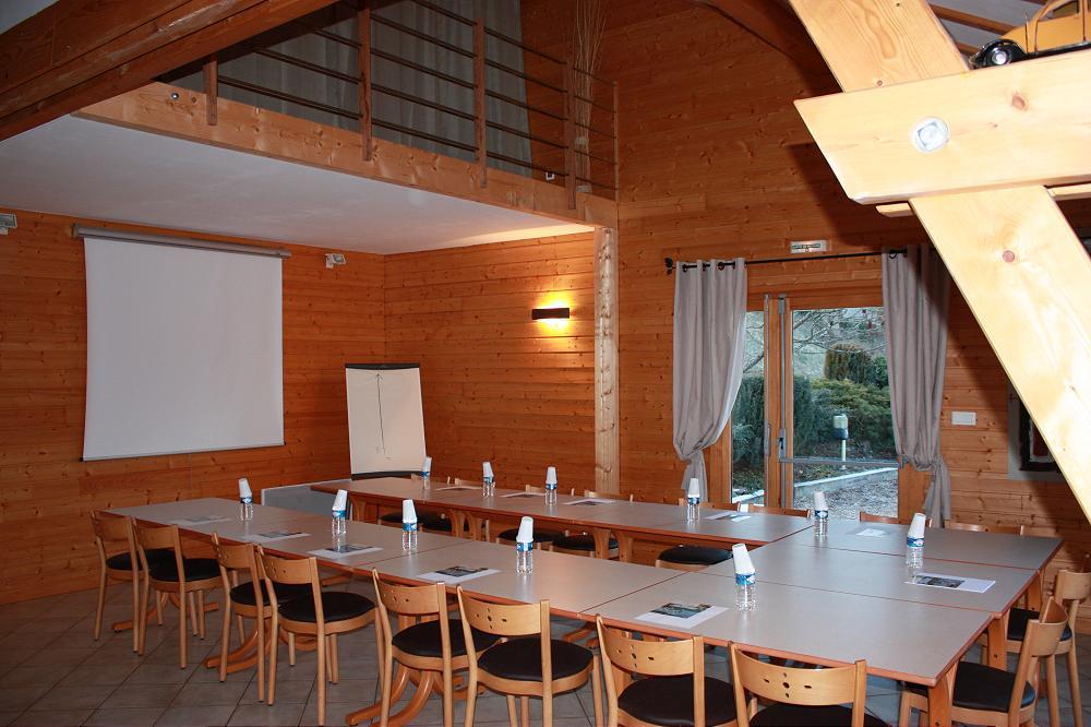 grand gîte de groupe  dans le Puy de Dome 63 en Auvergne grande photo 2