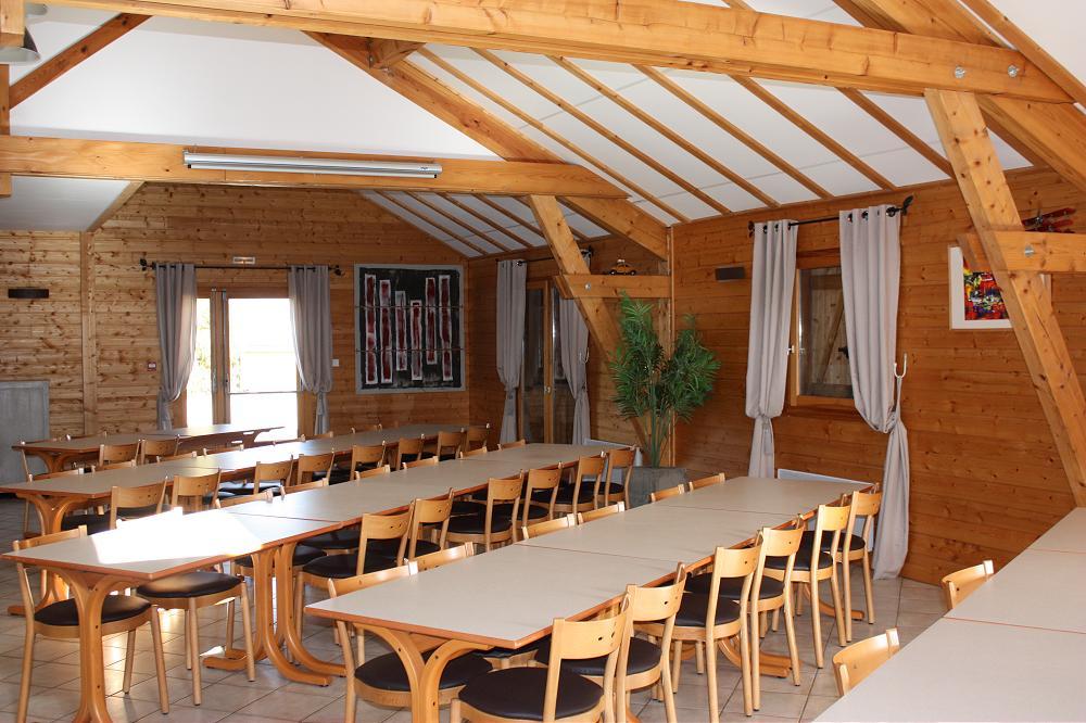 grande photo grand gîte pour groupe 63 Puy de dome  Auvergne 3