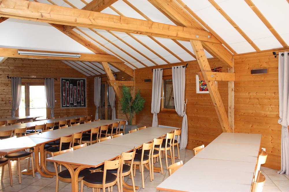 grande photo grand gîte pour groupe dans le Puy de Dome 63 en Auvergne 3