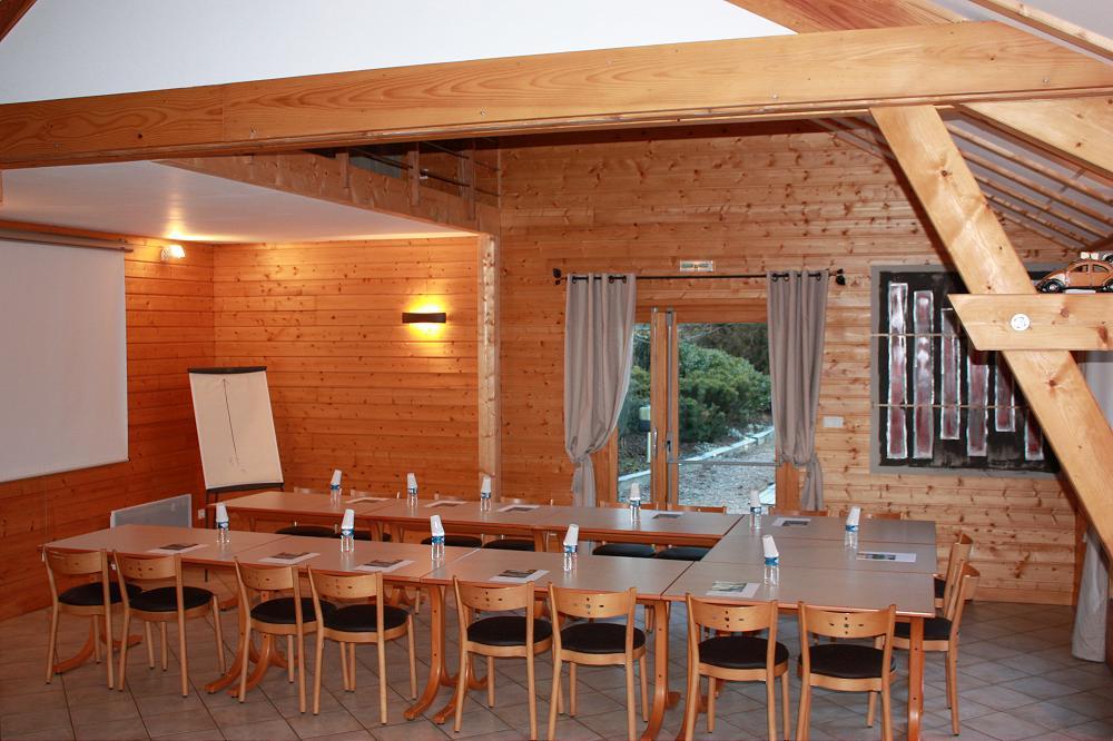 Location gite pour groupe en Auvergne dans le Puy de dôme 63 location grand gite gp2