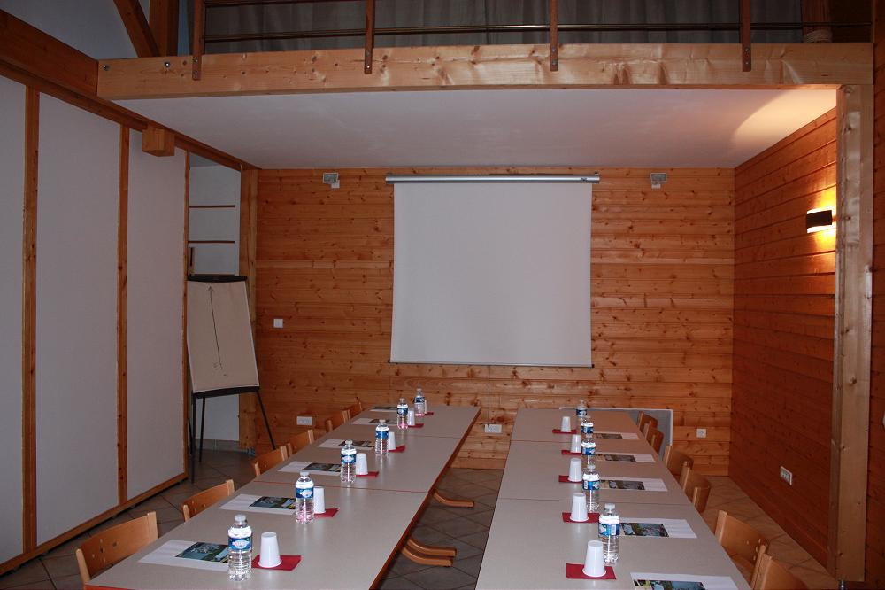 Location grand gite de groupe acceuil groupe dans le 63 Puy de Dôme Auvergne 2