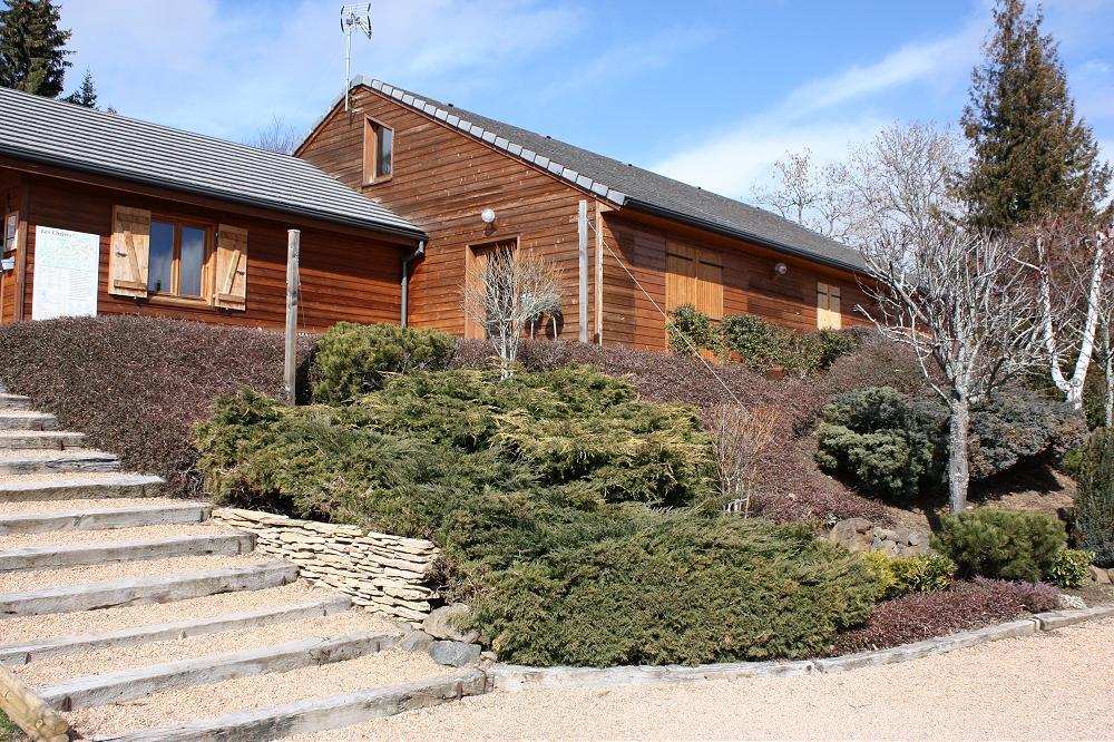 Location accueil de groupe dans grand gîte en Auvergne dans le Puy de Dôme 63 gp1