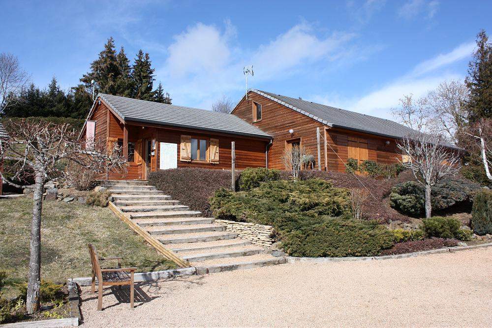 Location grand gîte accueil de groupe dans le Puy de Dôme 63 en Auvergne 1gp