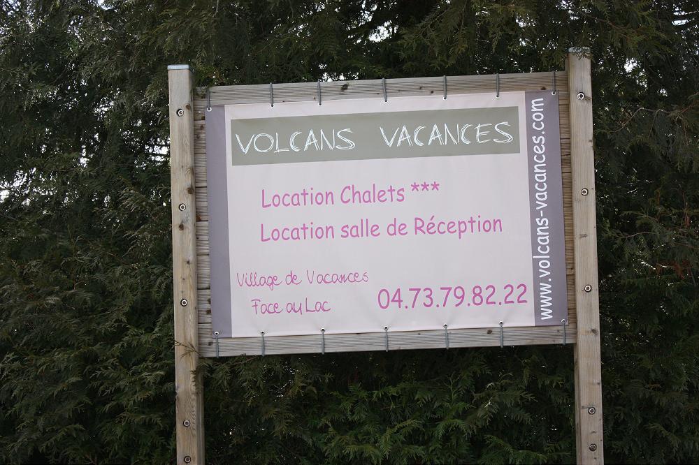 Location grand gîte accueil de groupe dans le Puy de Dôme 63 en Auvergne 12gp
