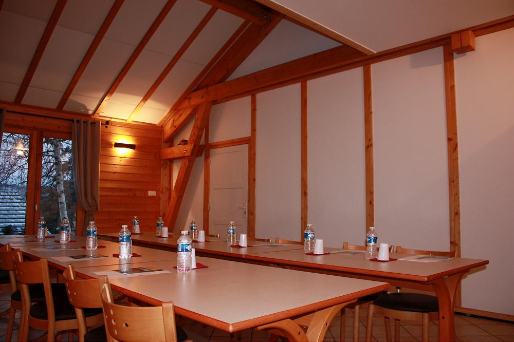 Location grand gîte pour groupe Auvergne Aydat dans le Puy de Dôme 63 gp 2