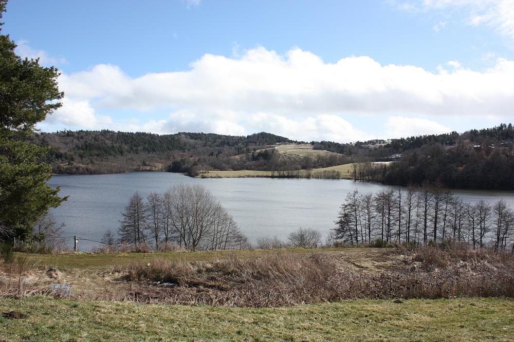 Location grand gîte pour groupe Auvergne Aydat dans le Puy de Dôme 63 gp 6