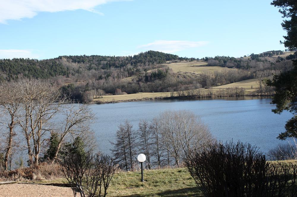 locations prés  de Vulcania dans le Puy de Dôme 63 Auvergne - 3